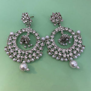 White stone earrings ES921