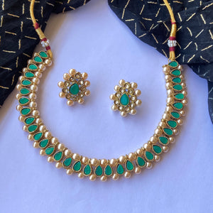 Green stone necklace NKC668