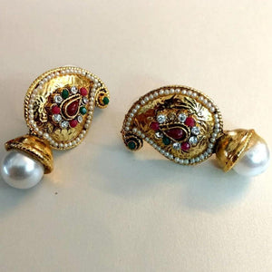 Traditional Golden Studs ES716 | Sunu's Fashions