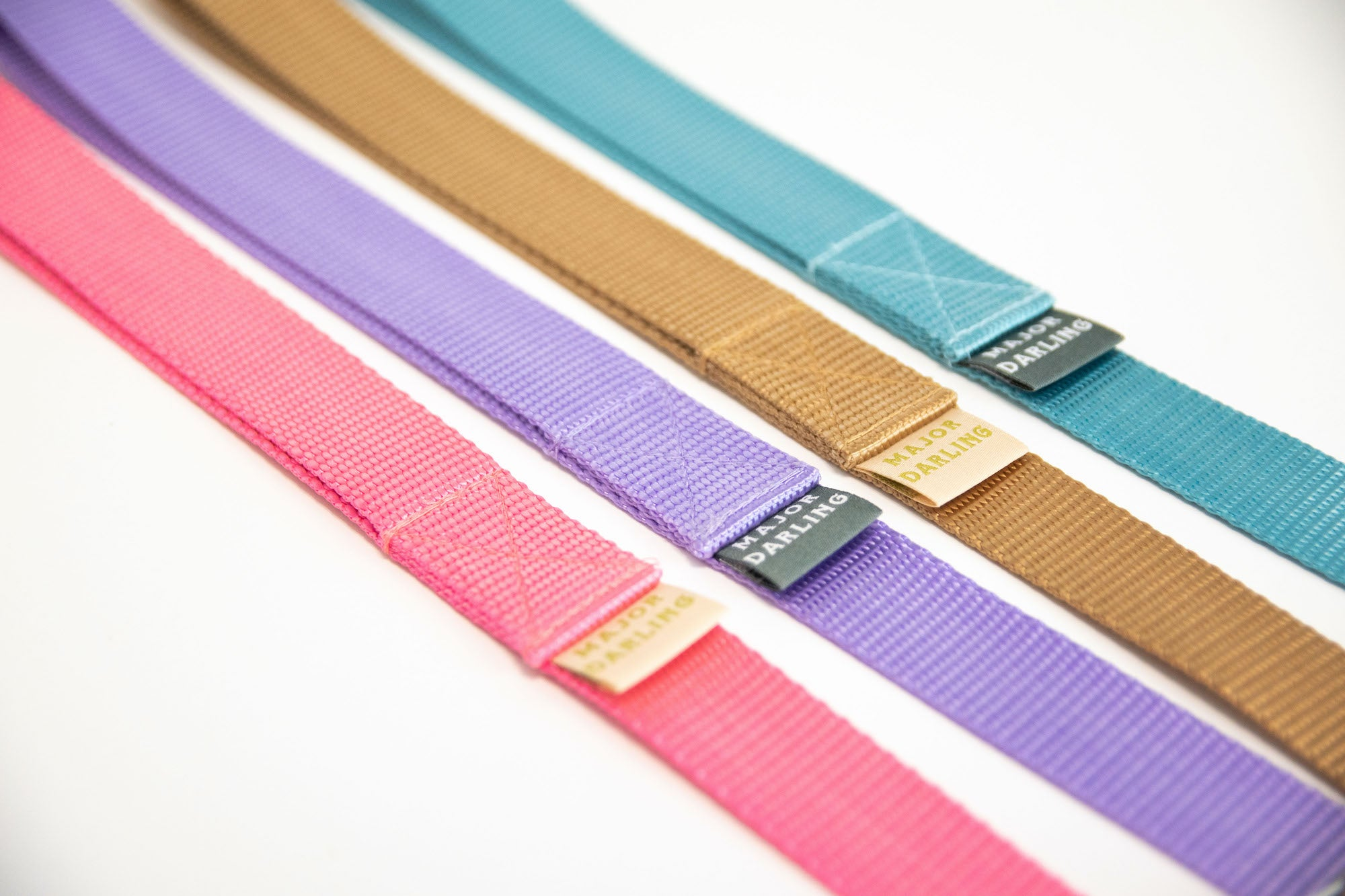 Major darling pet leashes. Perfect for Spring!