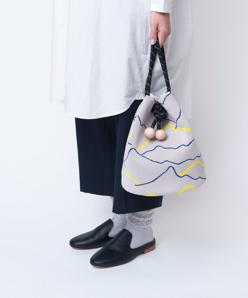 MOUNTAIN BUCKET BAG