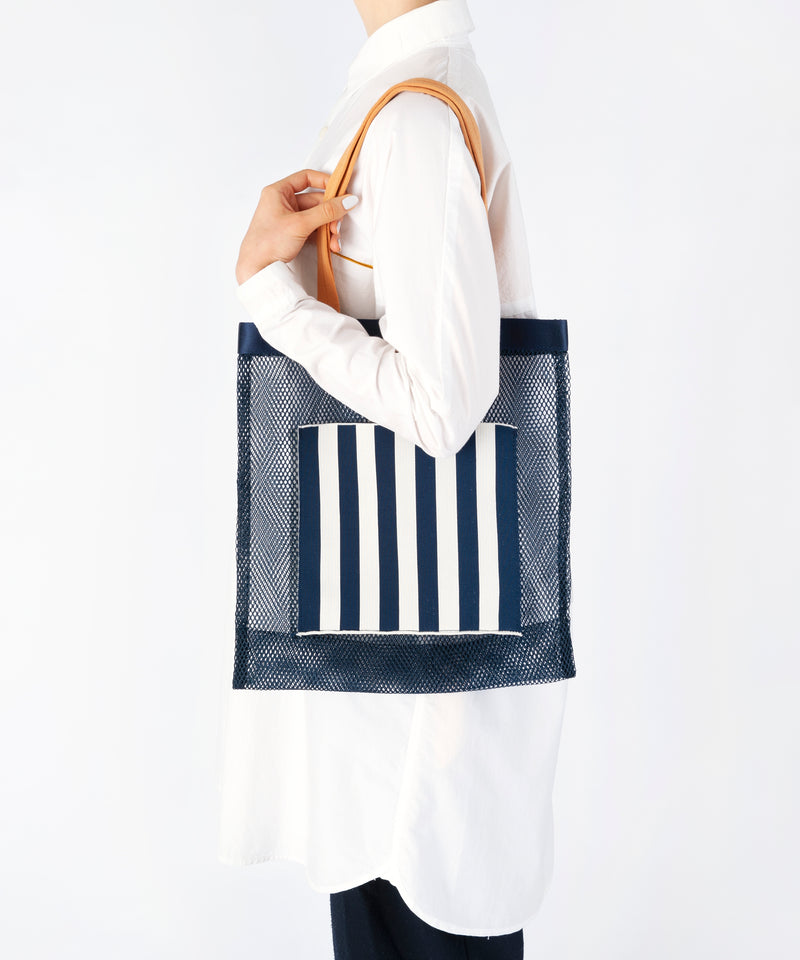 NET SQUARE KNIT BAG