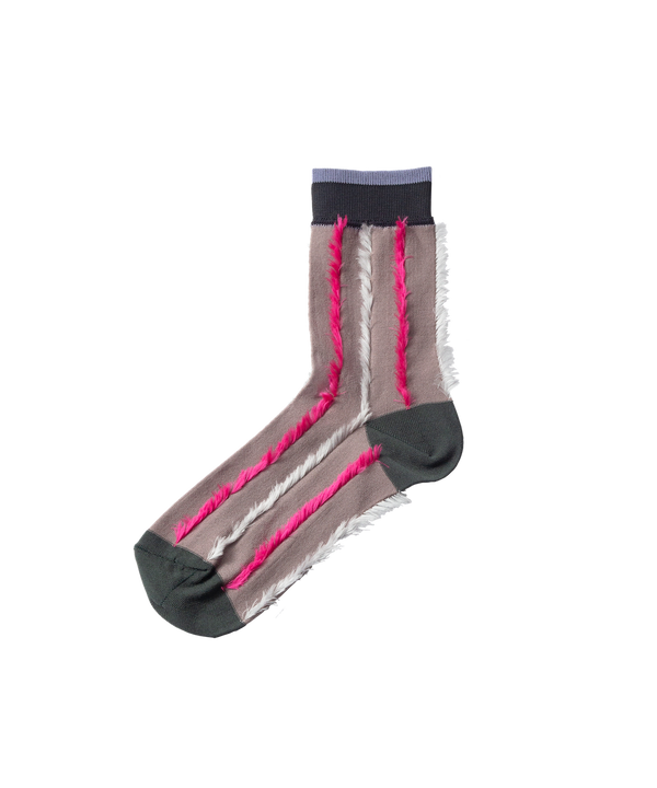 BACK CUT STRIPE SOCKS