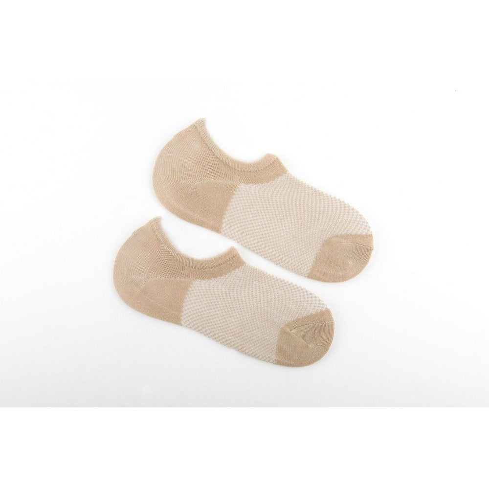 bamboo no show socks for men and women in beige