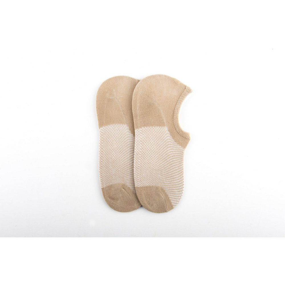 thin bamboo no show socks for men and women in beige