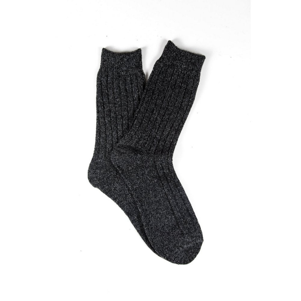 Mens wool socks melbourne in dark grey marle, fanned flat lay showing colour