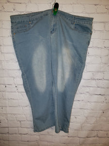 Size 24w light wash capris jeans