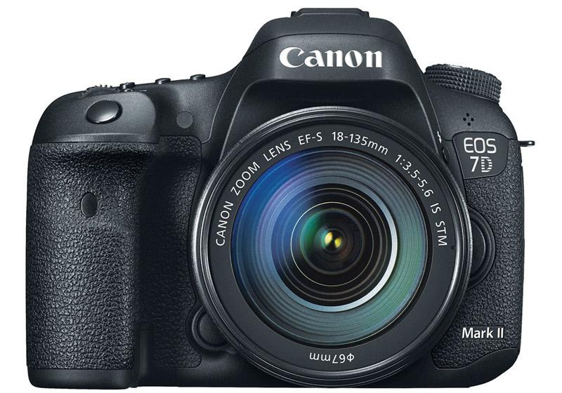 Canon EOS 7D Mark II with EF-S 18-135mm f/3.5-5.6 IS STM Kit