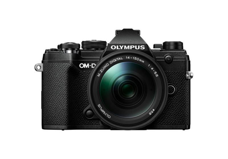 Olympus OM-D E-M5 Mark III with 14-150mm Lens