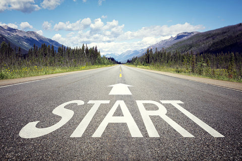 A road with the word start to motivate dietingg