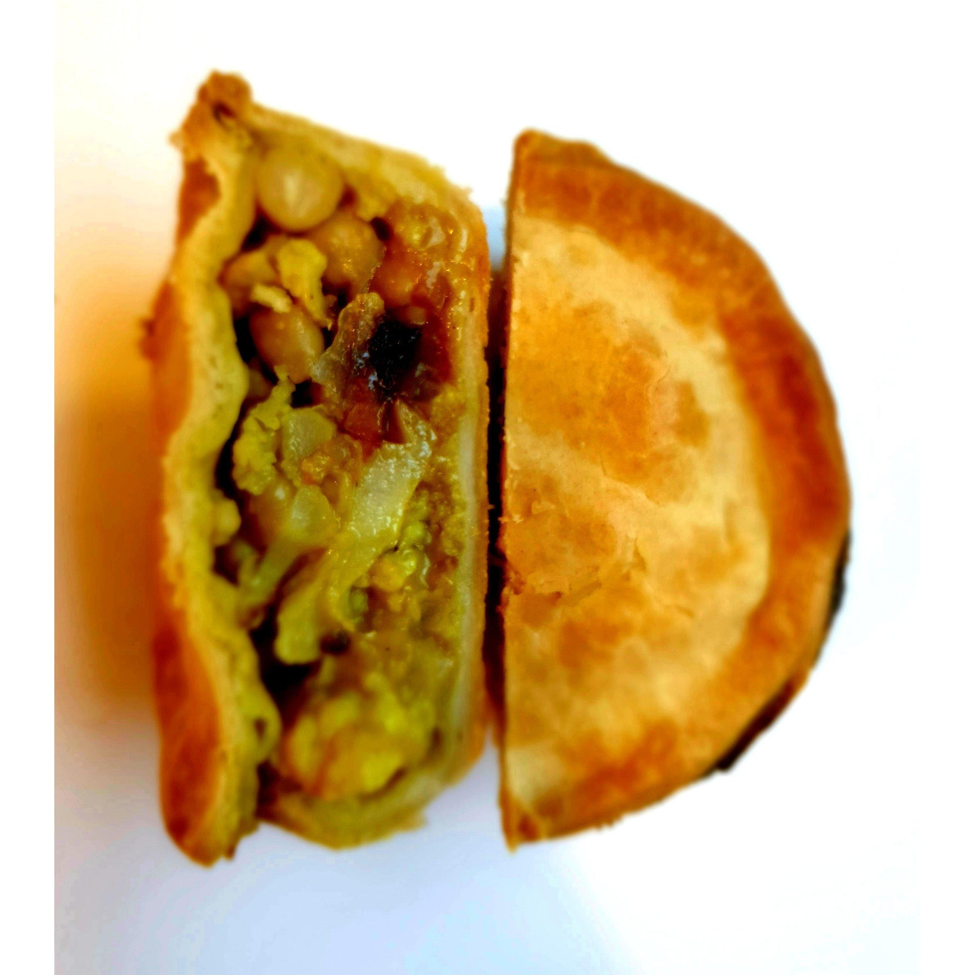 Curried cauliflower & chickpea pie (V)