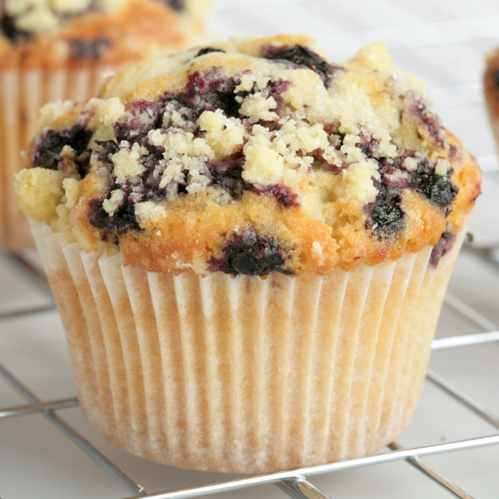 Lemon, pecan & blueberry muffin | Minichic