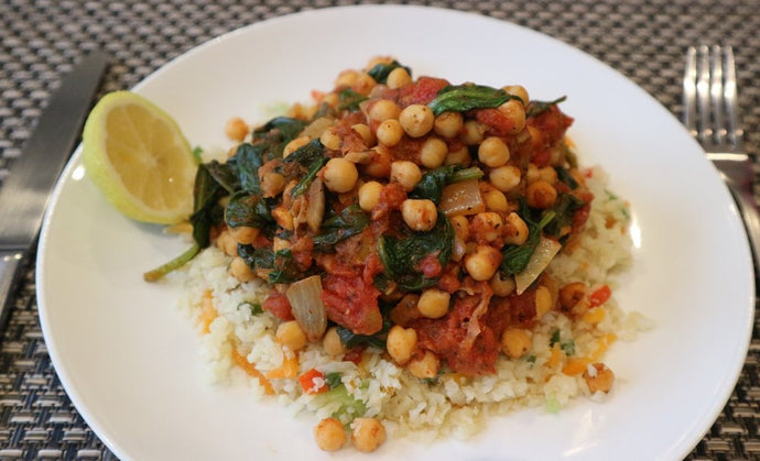 Spiced Chickpea curry on cauliflower rice