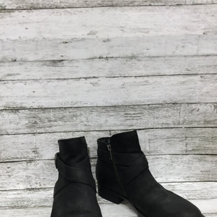 Primary Photo - BRAND: BORN STYLE: BOOTS ANKLE COLOR: BLACK SIZE: 7.5 SKU: 127-4876-7546SHORT BLACK BORN BOOTIES!