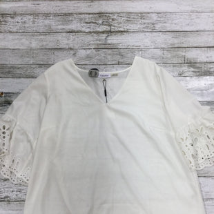 Primary Photo - BRAND: CALVIN KLEIN STYLE: TOP SHORT SLEEVE COLOR: CREAM SIZE: 1X OTHER INFO: NEW! SKU: 127-4169-32924