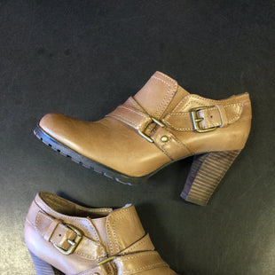 Primary Photo - BRAND: AUDREY BROOKE STYLE: BOOTS ANKLE COLOR: TAN SIZE: 6 SKU: 127-3371-44990MINOR MARKINGS ON THE TOES OF THESE BOOTS. IN GOOD CONDITION.