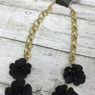 Primary Photo - LOOK FANCY IN FLORAL WITH THIS BLACK AND GOLD NECKLACE BY TALBOTS.BRAND: TALBOTS STYLE: NECKLACE COLOR: GOLD OTHER INFO: BLACK FLOWERS SKU: 127-3371-45079