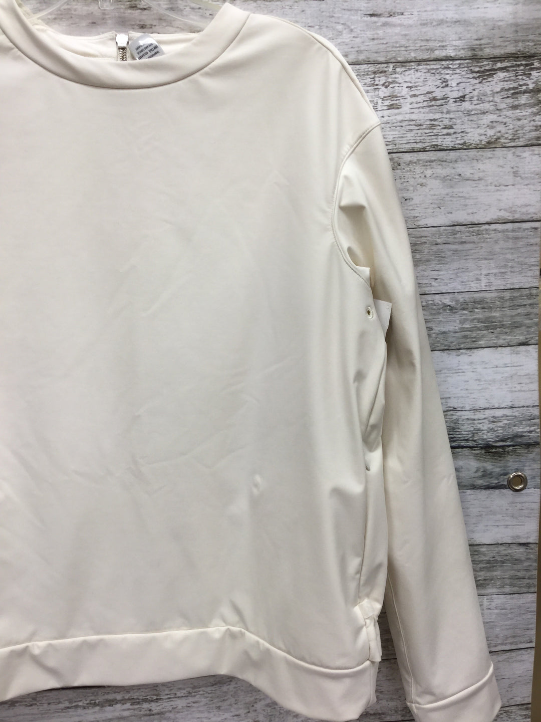 Photo #1 - BRAND: LULULEMON , STYLE: ATHLETIC TOP , COLOR: CREAM , SIZE: 10 , SKU: 127-2767-93151