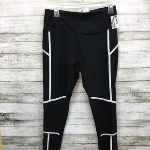 Primary Photo - BRAND:    CMD STYLE: ATHLETIC PANTS COLOR: BLACK WHITE SIZE: M OTHER INFO: MONDETTA - SKU: 127-2767-92316