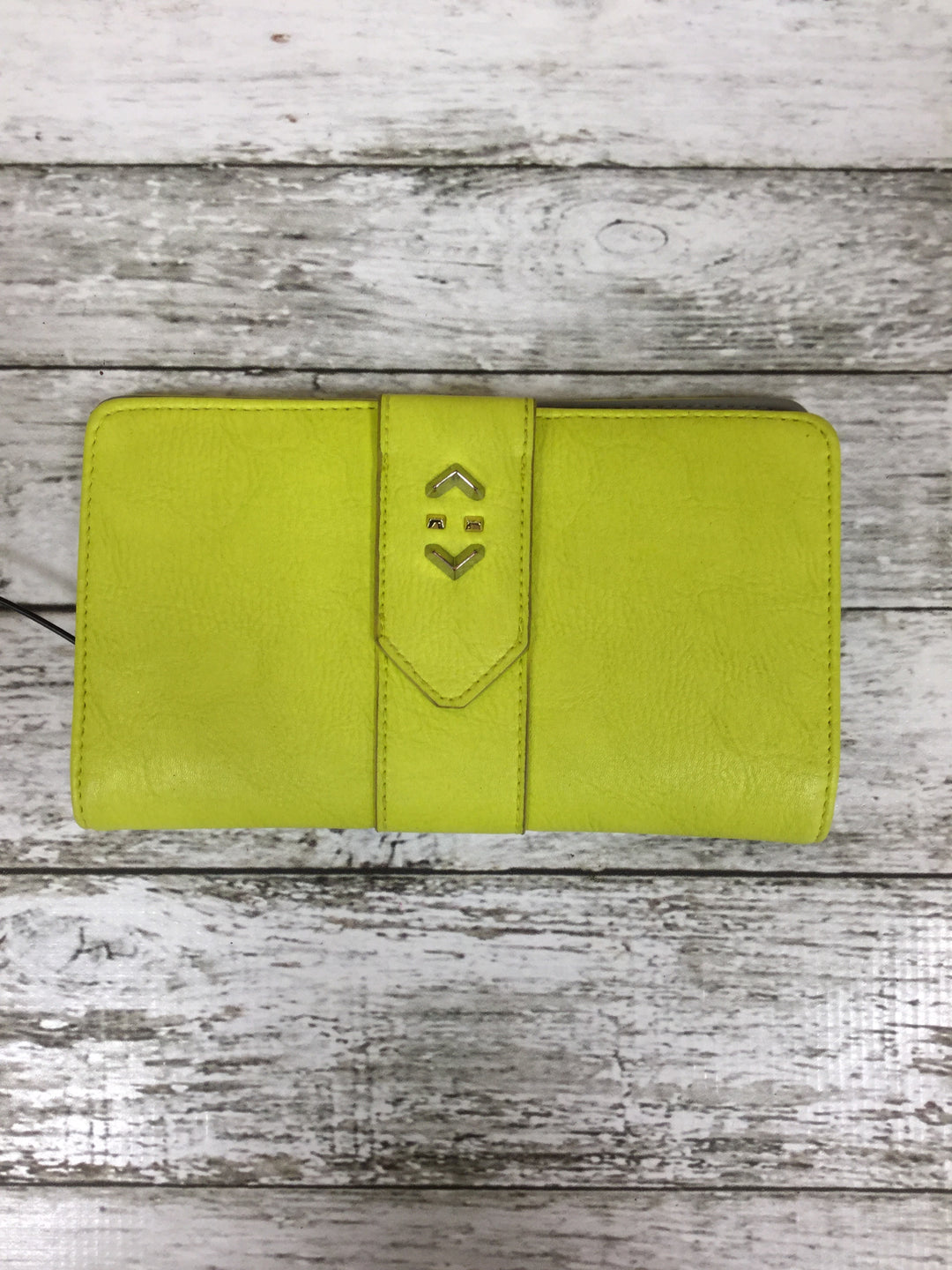 Primary Photo - BRAND: STELLA AND DOT , STYLE: WALLET , COLOR: LIME GREEN , SIZE: MEDIUM , SKU: 127-3371-35417