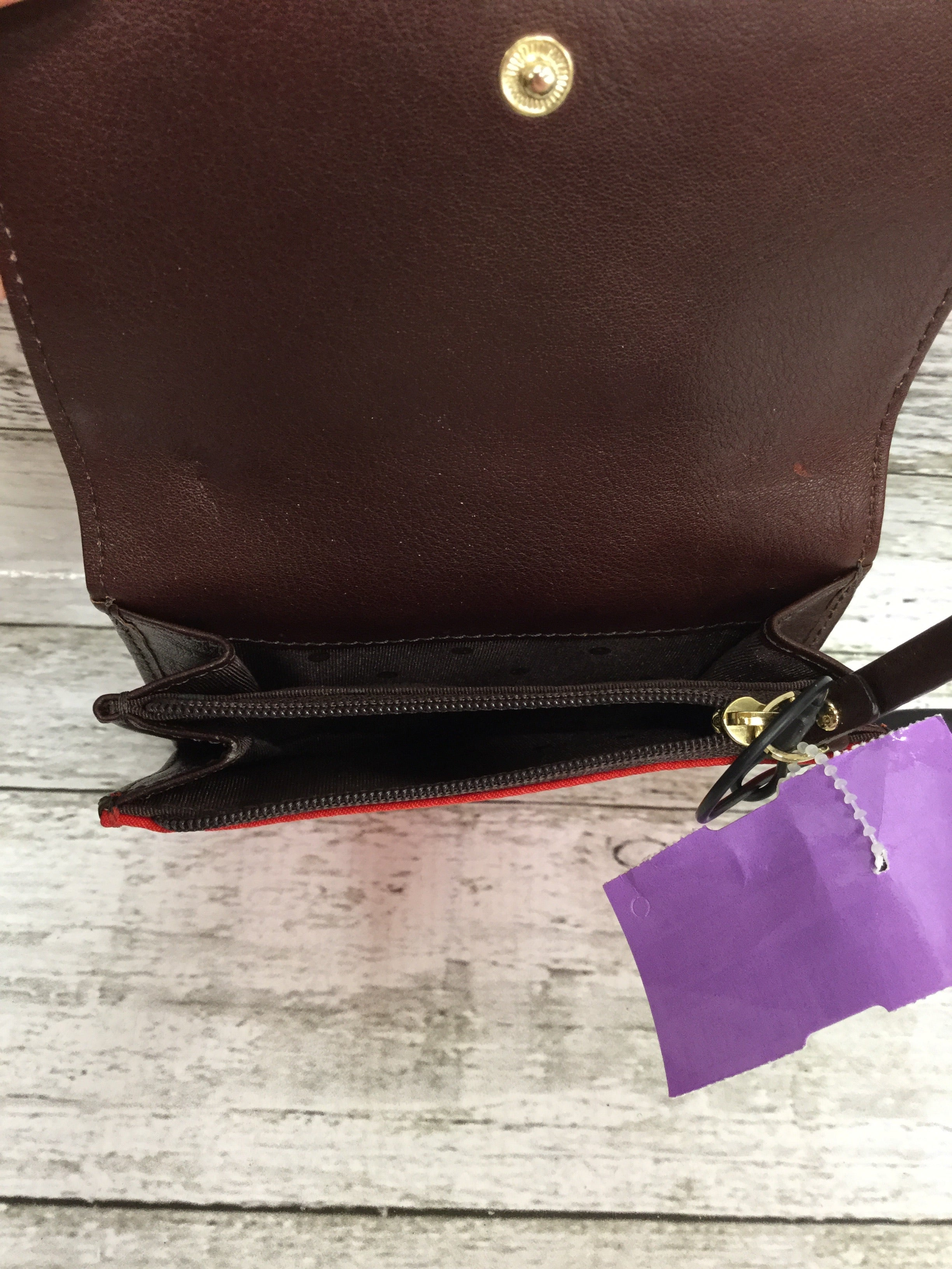 Photo #3 - BRAND: KATE SPADE , STYLE: WALLET , COLOR: RED , SIZE: SMALL , SKU: 127-3371-48386, , IN GREAT CONDITION. MINOR WEAR ON THE INSIDE LEATHER (AS PICTURED).