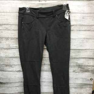 Primary Photo - BRAND: ATHLETA STYLE: ATHLETIC PANTS COLOR: GREY SIZE: S SKU: 127-4169-34405
