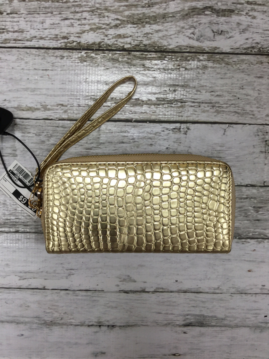 Primary Photo - BRAND:    CMD , STYLE: WRISTLET , COLOR: GOLD , SKU: 127-4876-4263