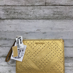 Primary Photo - BRAND: MICHAEL KORS STYLE: WRISTLET COLOR: GOLD OTHER INFO: NEW! SKU: 127-4072-2711THIS MICHAEL KORS WRISTLET IS IN EXCELLENT CONDITION AND NEW WITH TAGS. INSIDE THERE IS A SLIP POCKET AND SIX CARD SLOTS.