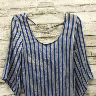 Primary Photo - BLUE STRIPED TOP WITH BOW IN THE BACKBRAND:    CMD STYLE: TOP SHORT SLEEVE COLOR: BLUE WHITE SIZE: XS OTHER INFO: DREW - SKU: 127-2767-89285