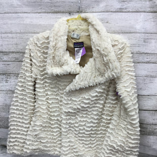 Primary Photo - BRAND: PATAGONIA STYLE: JACKET OUTDOOR COLOR: CREAM SIZE: XS SKU: 127-4954-5861FUZZY CREAM COLORED PATAGONIA JACKET! FUN ZIGZAG PATTERN WITH ZIPPER AND BUTTON CLOSURES!