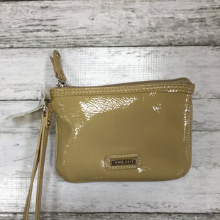 Primary Photo - BRAND: NINE WEST STYLE: WRISTLET COLOR: TAN SKU: 127-4876-4762