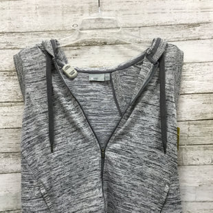 Primary Photo - BRAND: ATHLETA STYLE: ATHLETIC JACKET COLOR: GREY WHITE SIZE: XXS SKU: 127-4876-7779ATHLETA VEST IN GREAT CONDITION.