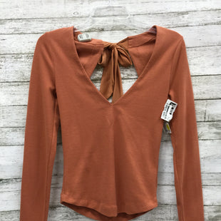 Primary Photo - BRAND: FREE PEOPLE STYLE: TOP LONG SLEEVE COLOR: RUST SIZE: XS SKU: 127-4169-31353IN GREAT CONDITION WITH THE ORIGINAL TAG STILL ATTACHED.