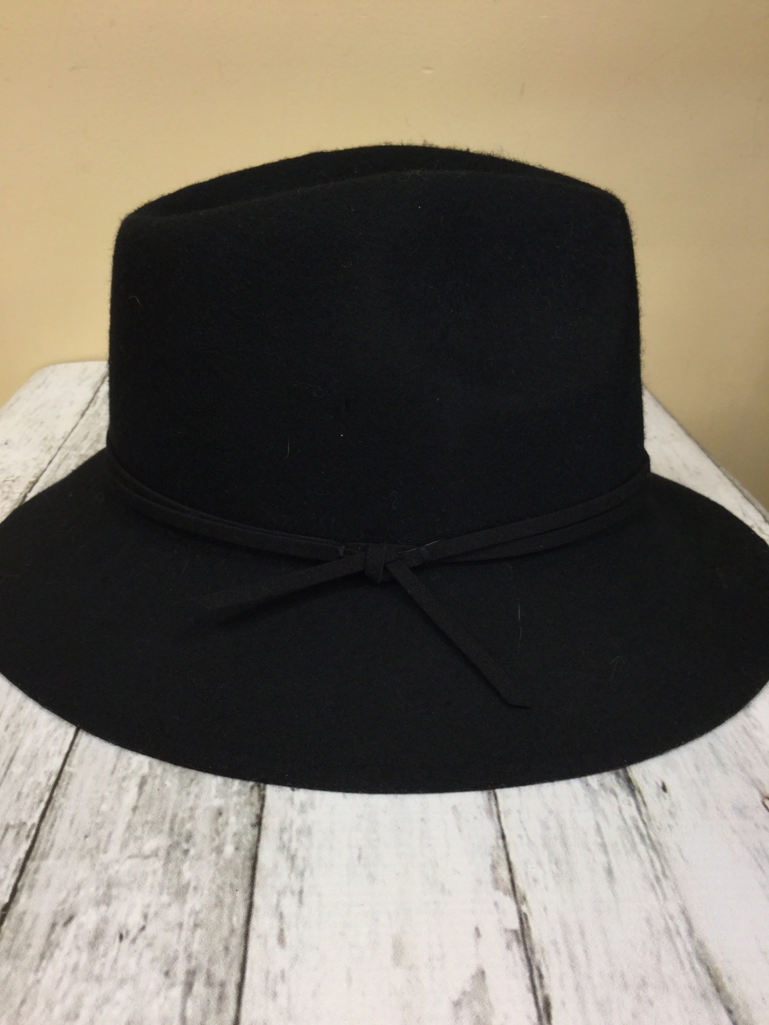 Primary Photo - BRAND: TARGET <BR>STYLE: HAT <BR>COLOR: BLACK <BR>SKU: 127-3371-42967