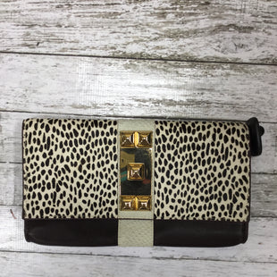 Primary Photo - BRAND: VINCE CAMUTO STYLE: CLUTCH COLOR: ANIMAL PRINT SKU: 127-3366-7990