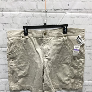 Primary Photo - BRAND: STYLE AND COMPANY STYLE: SHORTS COLOR: KHAKI SIZE: 18 OTHER INFO: NEW! SKU: 127-4169-35796MID RISE KHAKI SHORTS!