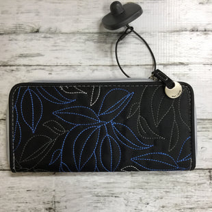 Primary Photo - BRAND:    CMD STYLE: WALLET COLOR: BLACK WHITE SIZE: MEDIUM OTHER INFO: TRAVELON - BLUE TRIM SKU: 127-3371-34881