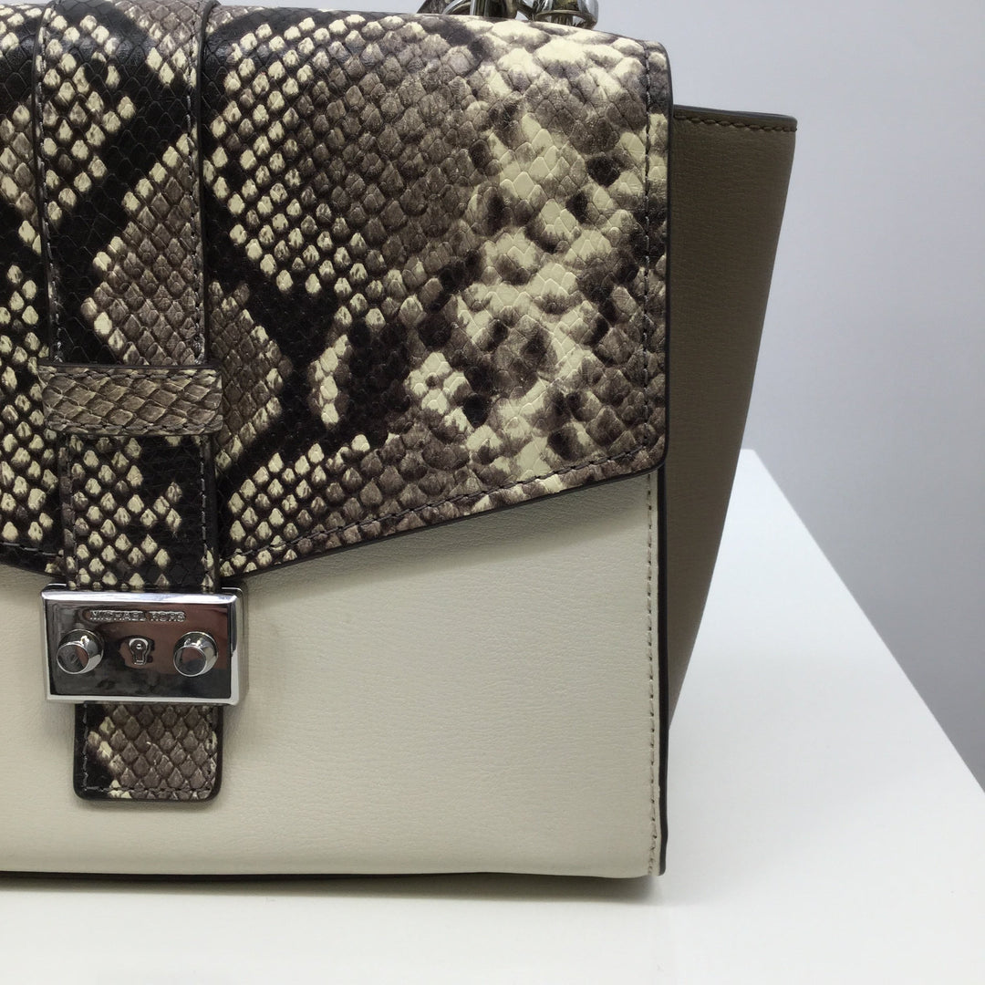 Michael Kors Handbag Designer, Leather, Snakeskin Print, Size: Medium - <P>THIS FUN SNAKESKIN PRINT MICHAEL KORS BAG IS IN PERFECT CONDITION AND LOOKS LIKE IT HAS NEVER BEEN USED. THE STRAP IS ADJUSTABLE AND THE FURRY KEY CHAIN IS REMOVABLE.</P>