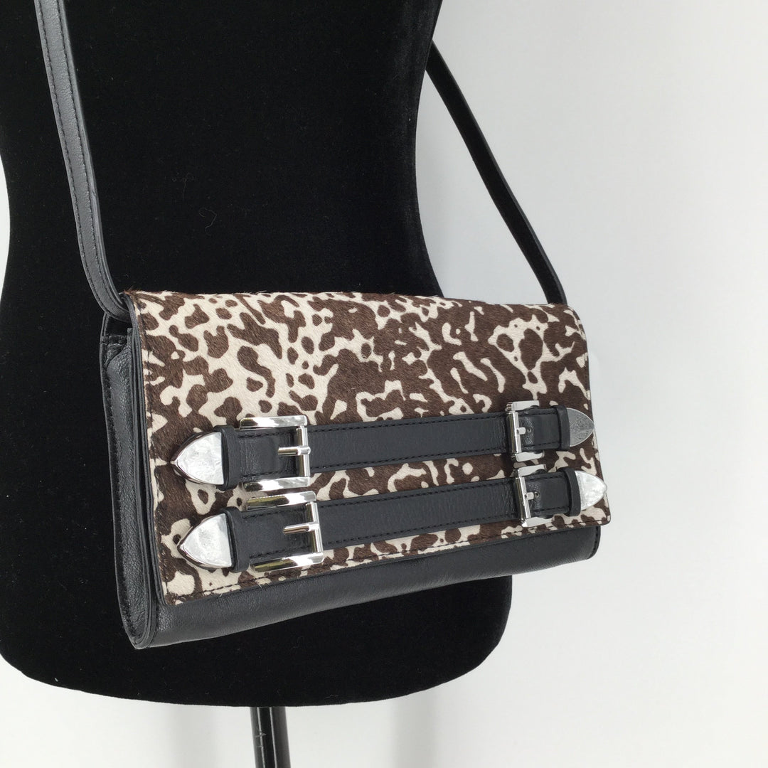 Animal Print Michael Kors Small Crossbody - <P>THIS BEAUTIFUL MICHAEL KORS CROSSBODY INCLUDES CARD SLOTS AND A ZIPPER POUCH INSIDE. IT IS IN EXCELLENT CONDITION WITH LITTLE TO NO WEAR.</P>