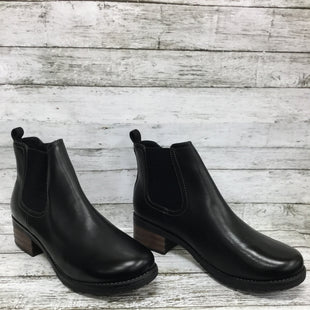 Primary Photo - BRAND: EASTLAND STYLE: BOOTS ANKLE COLOR: BLACK SIZE: 11 OTHER INFO: NEW! SKU: 127-4954-5338BRAND NEW EASTLAND CHELSEA BOOTS! BLACK LEATHER WITH BLOCK HEEL, SOFT FLEECE LINING AND NO WEAR ON SOLE.