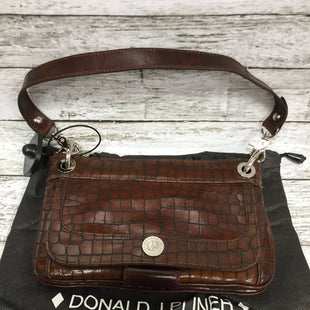 Primary Photo - BRAND: DONALD J PILNER STYLE: HANDBAG DESIGNER COLOR: CHOCOLATE SIZE: SMALL SKU: 127-4954-3597THIS BAG IS IN GREAT CONDITION AND VERY CLEAN. THERE IS SOME MINOR WEAR ON THE LEFT CORNER (SEE PHOTO). SLEEPER BAG IS INCLUDED.