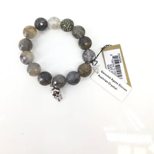 NEW! Nordstrom Bracelet - NEW WITH TAGS! EARTH TONE GENUINE AGATE STONE AND AUSTRIAN CRYSTAL BRACELET. SILVER RHINESTONE BEAD AND SILVER SKULL CHARM..