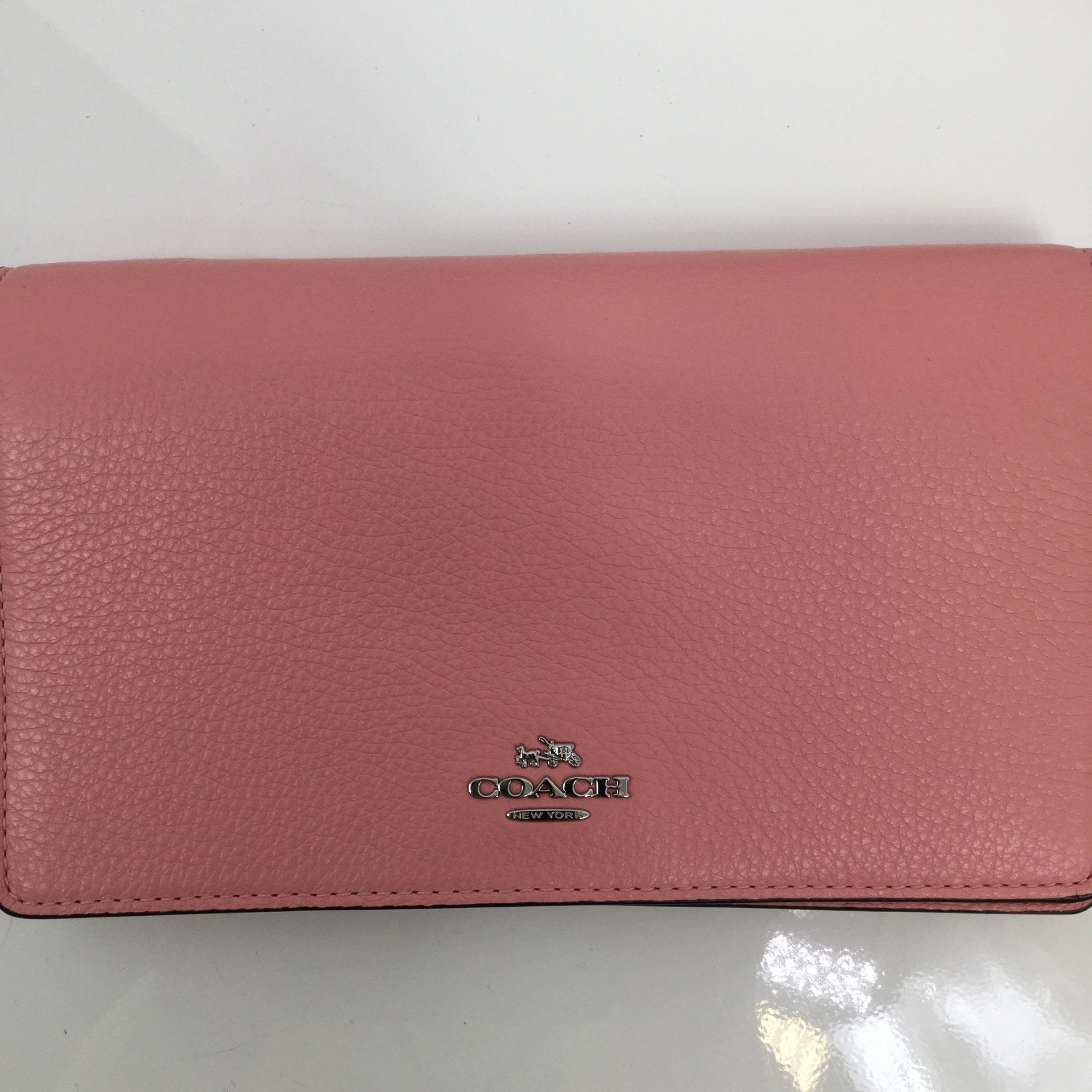 Small Pink Coach Crossbody - <P>THINK PINK AND SHOP THIS COACH CROSSBODY HANDBAG. LIKE NEW CONDITION. ONLY $35!</P>