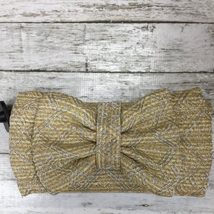 Primary Photo - BRAND:    CMD STYLE: CLUTCH COLOR: GOLD OTHER INFO: ACCESSORIZE - SKU: 127-3371-42227