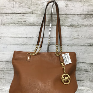 Primary Photo - BRAND: MICHAEL BY MICHAEL KORS STYLE: HANDBAG DESIGNER COLOR: CARAMEL SIZE: MEDIUM SKU: 127-4169- 36104THIS MICHAEL KORS SHOULDER BAG IS IN EXCELLENT CONDITION. IT DOES HAVE SOME SMALL MARKINGS ON THE OUTSIDE (AS PICTURED). A SLEEPER BAG IS INCLUDED.