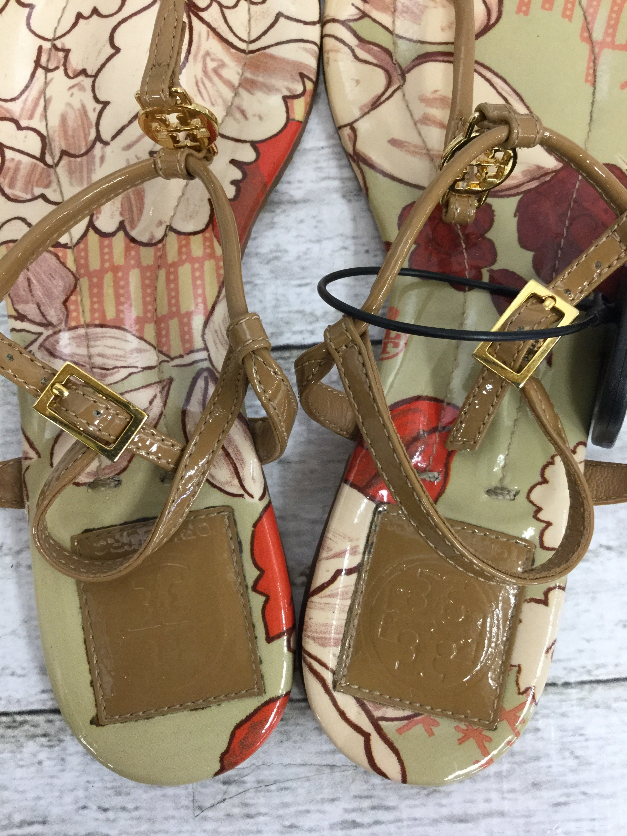 Photo #2 - BRAND: TORY BURCH , STYLE: SANDALS , COLOR: TAN , SIZE: 6 , SKU: 127-4876-7204, , THESE SANDALS ARE VERY CLEAN AND IN GREAT CONDITION!