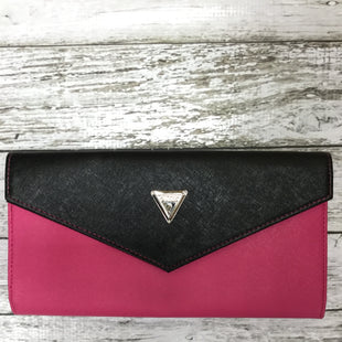 Primary Photo - BRAND: GUESS STYLE: CLUTCH COLOR: PINK SKU: 127-4169-30556