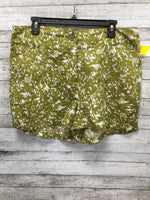 Primary Photo - BRAND:   CMD , STYLE: SHORTS , COLOR: OLIVE , SIZE: XL , SKU: 125-3590-31159