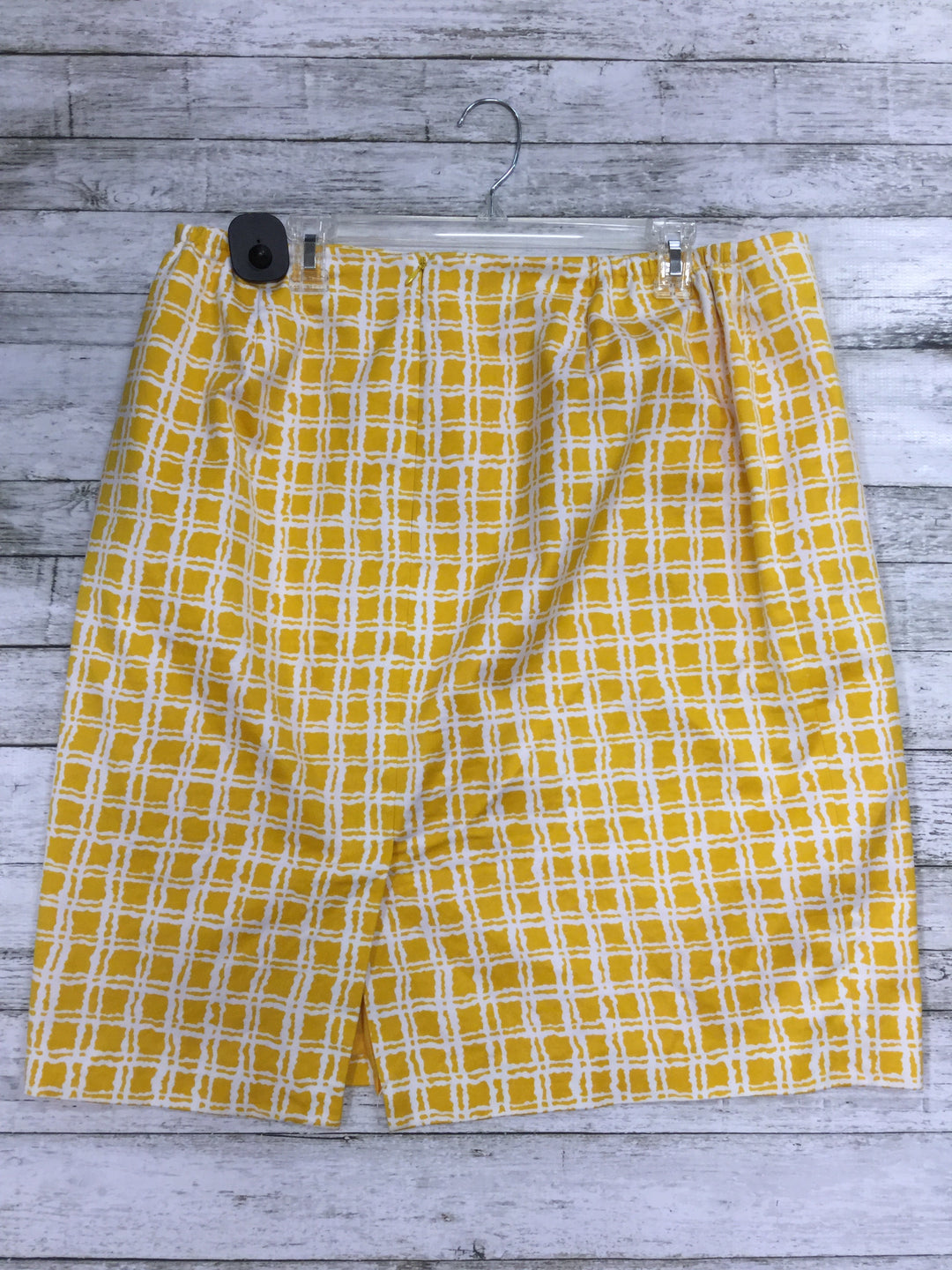 Photo #1 - BRAND: TALBOTS <BR>STYLE: SKIRT <BR>COLOR: YELLOW <BR>SIZE: 16 <BR>SKU: 127-4008-9916