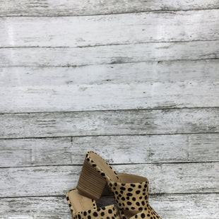 Primary Photo - BRAND: MADEWELL STYLE: SANDALS HIGH COLOR: ANIMAL PRINT SIZE: 7.5 SKU: 127-4072-2508MADEWELL CHUNKY HEELED SANDALS IN ANIMAL PRINT!